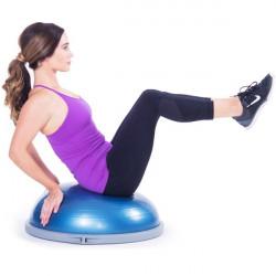 esercizio sport equilibrio su bosu balance trainer